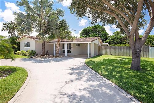 Photo of 937 SW 9th Avenue, Boca Raton, FL 33486 (MLS # RX-10646017)