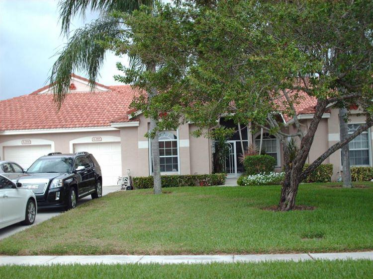 Photo of 6388 Long Key Lane, Boynton Beach, FL 33472 (MLS # RX-10133017)