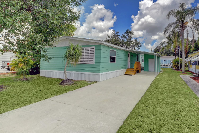 251 SE Paradise Place, Stuart, FL 34997 - #: RX-10735017