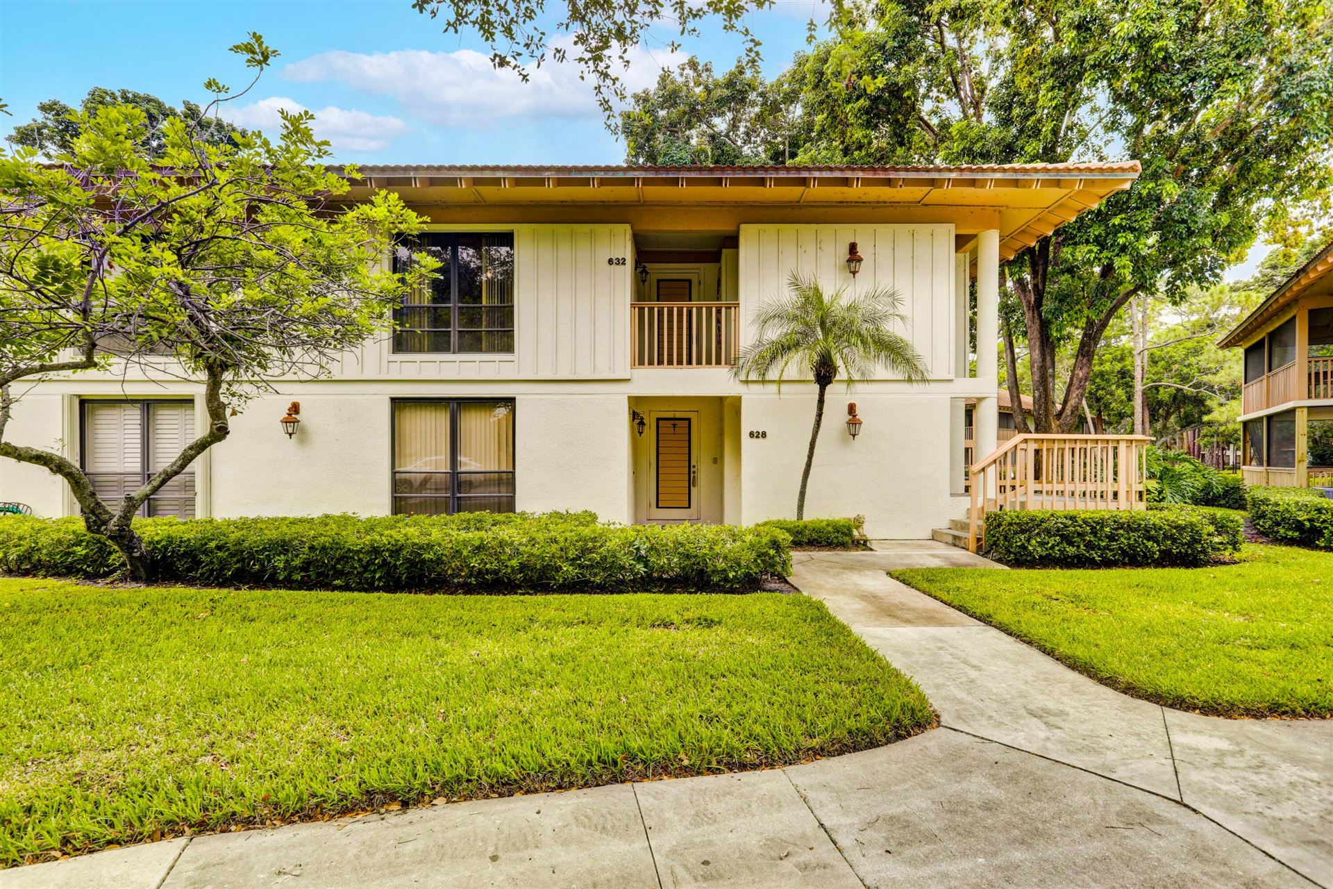Photo of 632 Brackenwood Cove, Palm Beach Gardens, FL 33418 (MLS # RX-10743017)