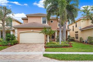 Photo of 8591 Breezy Oak Way, Boynton Beach, FL 33473 (MLS # RX-10548018)