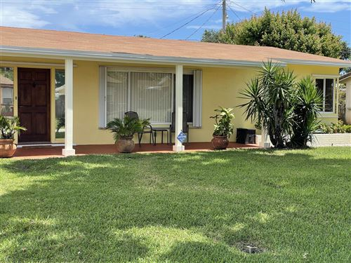 Photo of 1411 NE 32nd Court, Pompano Beach, FL 33064 (MLS # RX-10715018)