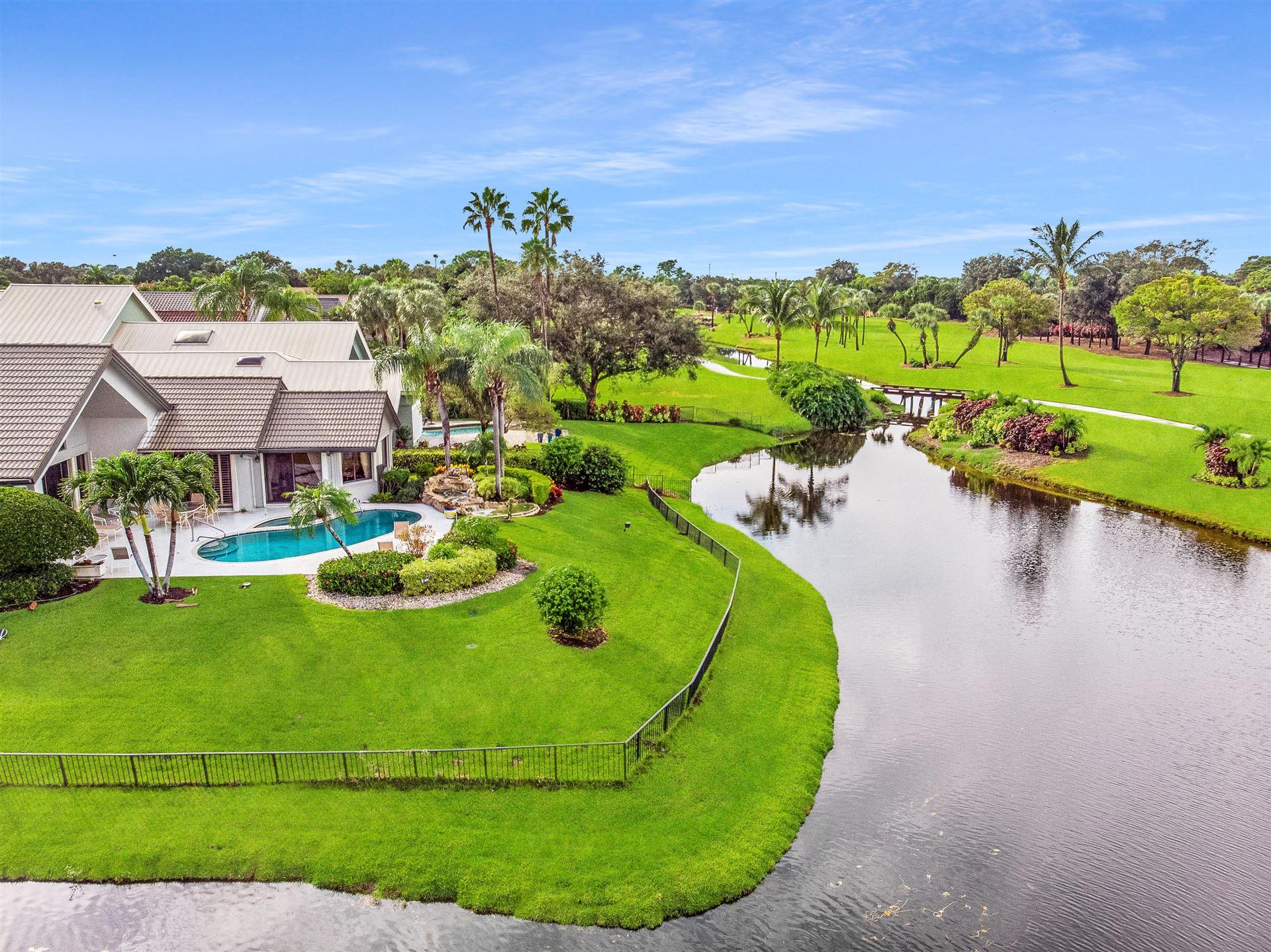 Photo of 13901 Rivoli Court, Palm Beach Gardens, FL 33410 (MLS # RX-10577018)