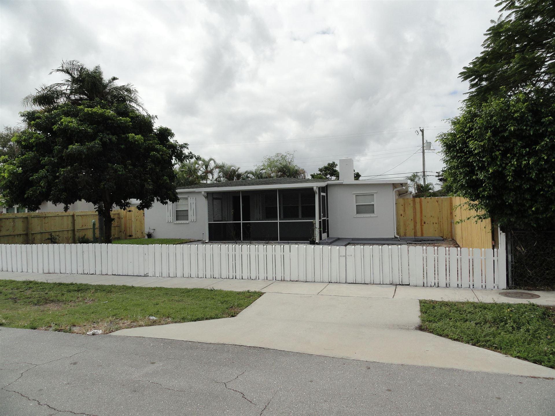 2345 Fairway Drive, West Palm Beach, FL 33409 - #: RX-10673018