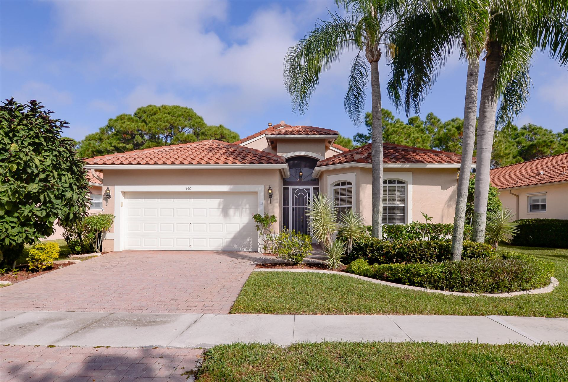 Photo of 410 NW Sunview Way, Port Saint Lucie, FL 34986 (MLS # RX-10585019)