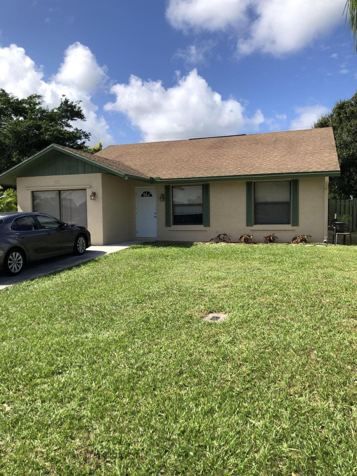 5832 SE Collins Avenue, Stuart, FL 34997 - MLS#: RX-10665019