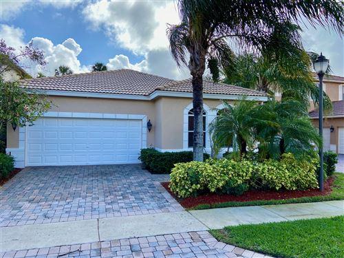 Photo of 179 Via Condado Way, Palm Beach Gardens, FL 33418 (MLS # RX-10588026)