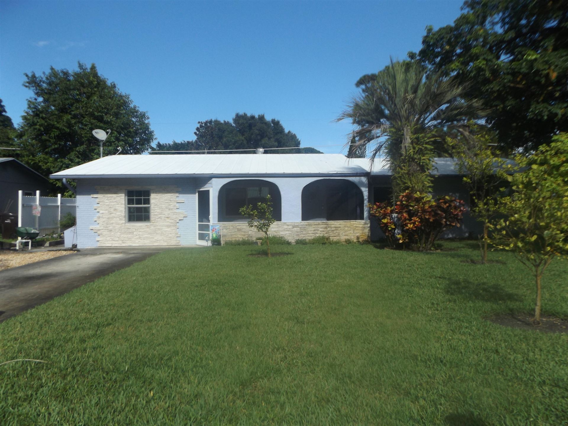 1301 SE Sandpiper Lane, Stuart, FL 34996 - #: RX-10737026