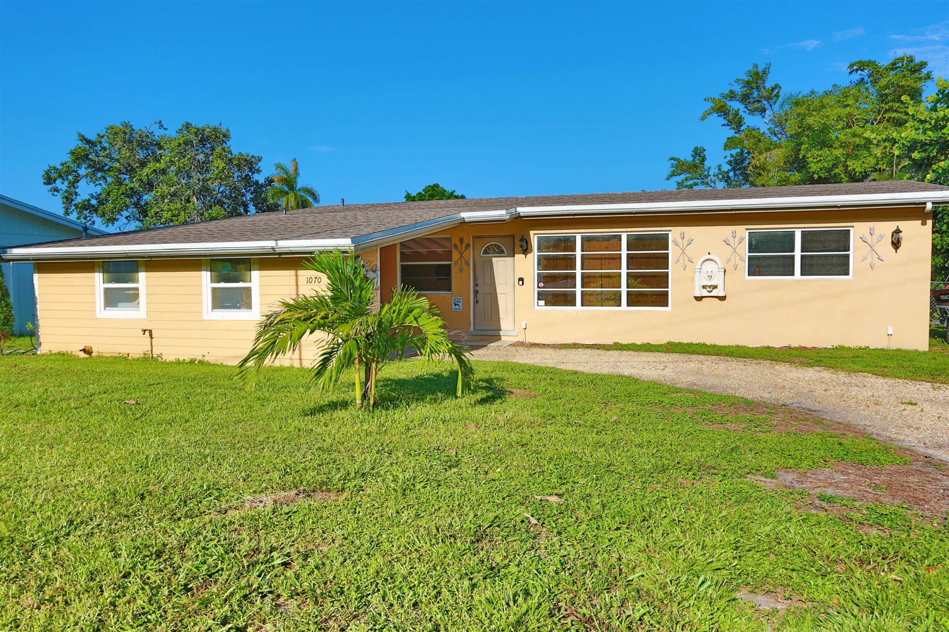 1070 W Shore Drive, West Palm Beach, FL 33406 - #: RX-10745026