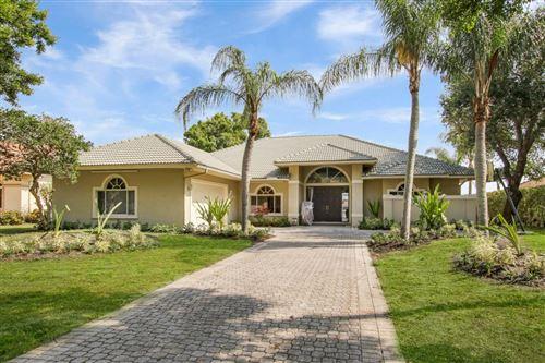 Photo of 139 Brookhaven Court, Palm Beach Gardens, FL 33418 (MLS # RX-10735029)
