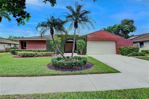 Photo of 17719 Crooked Oak Avenue, Boca Raton, FL 33487 (MLS # RX-10739029)
