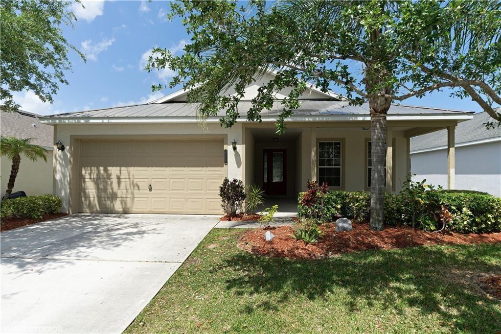 Photo of 114 Amherst Lane, Sebastian, FL 32958 (MLS # RX-10623029)