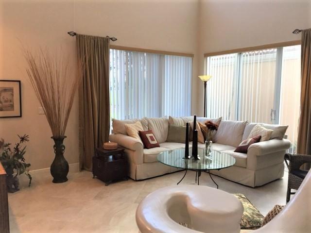 Photo of 55 Via Verona W, Palm Beach Gardens, FL 33418 (MLS # RX-10716029)