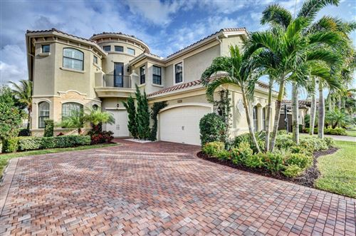Photo of 8640 Lewis River Road, Delray Beach, FL 33446 (MLS # RX-10580031)