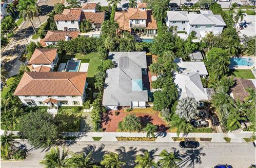 Photo of 233 Almeria Road, West Palm Beach, FL 33405 (MLS # RX-10749032)