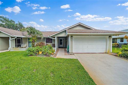Photo of 12777 SE Pinehurst Court, Hobe Sound, FL 33455 (MLS # RX-10739034)
