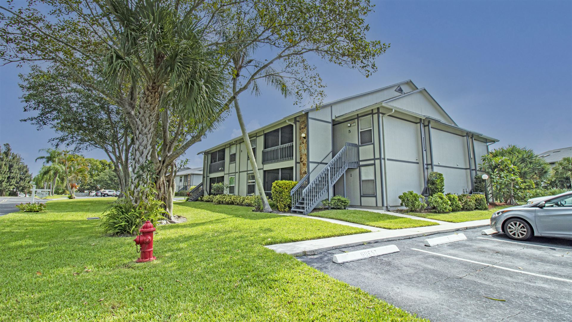 Photo of 8164 SE Croft Circle #5, Hobe Sound, FL 33455 (MLS # RX-10746036)