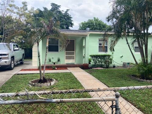 Photo of 3100 Glenwood Road, West Palm Beach, FL 33405 (MLS # RX-10751037)