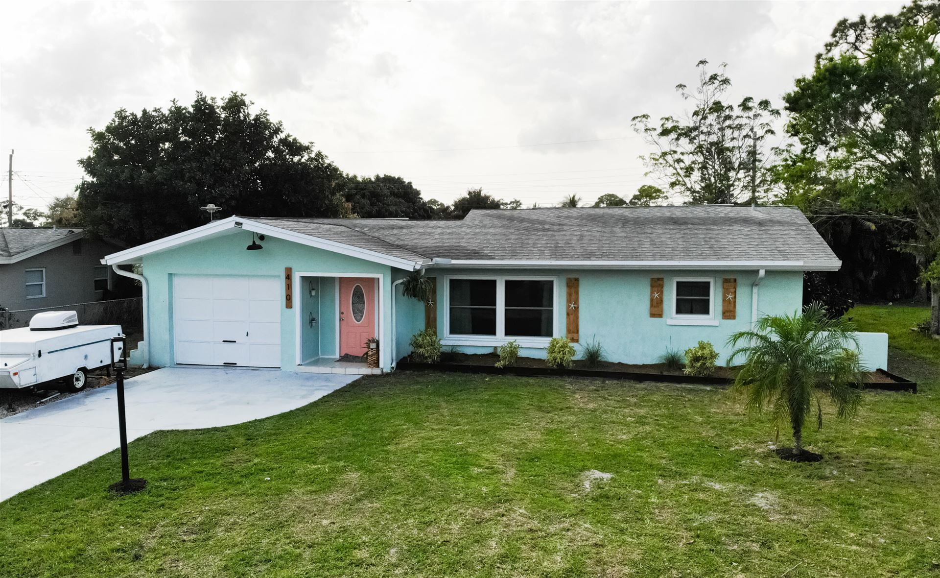 410 Willows Avenue, Port Saint Lucie, FL 34952 - #: RX-10697037