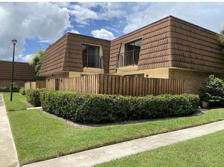158 Heritage Way, West Palm Beach, FL 33407 - #: RX-10729040