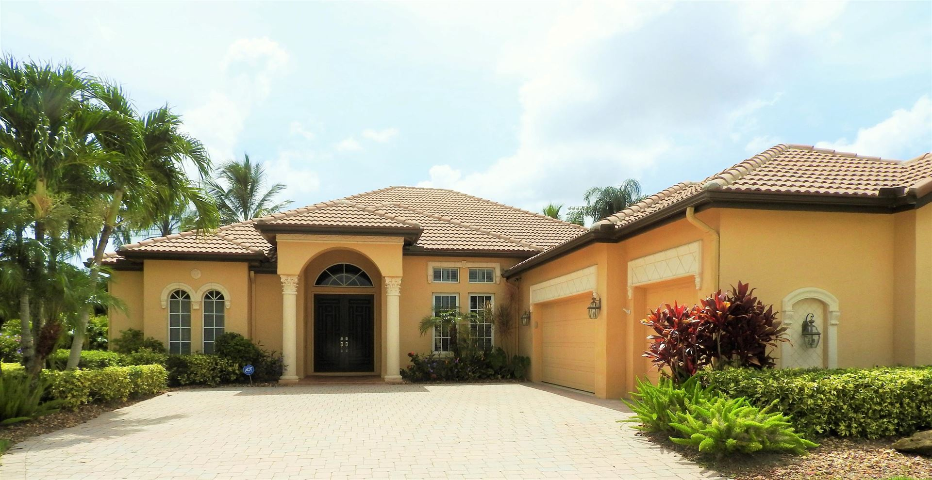 Photo of 960 SW Grand Reserves Boulevard, Port Saint Lucie, FL 34986 (MLS # RX-10634041)