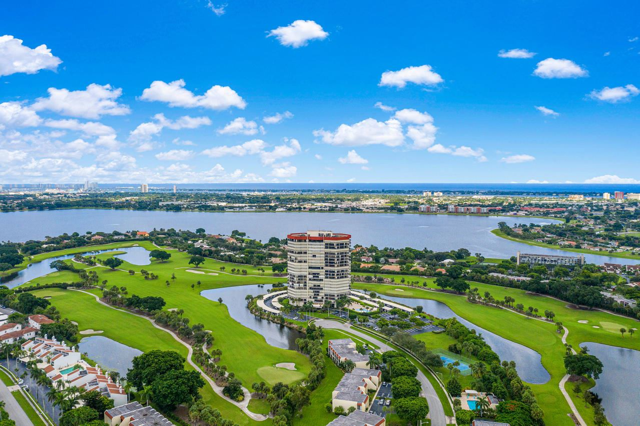 1900 Consulate Place #402, West Palm Beach, FL 33401 - MLS#: RX-10749043