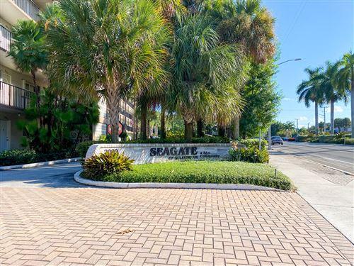 Photo of 2002 S Federal Highway #H407, Boynton Beach, FL 33435 (MLS # RX-10716047)