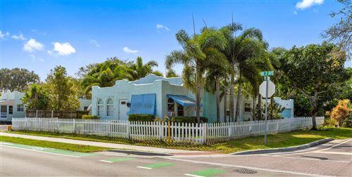 Photo of 136 NE 12th Street, Delray Beach, FL 33444 (MLS # RX-10602048)