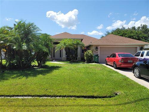 Photo of 5514 W Lundy Circle, Port Saint Lucie, FL 34986 (MLS # RX-10735048)