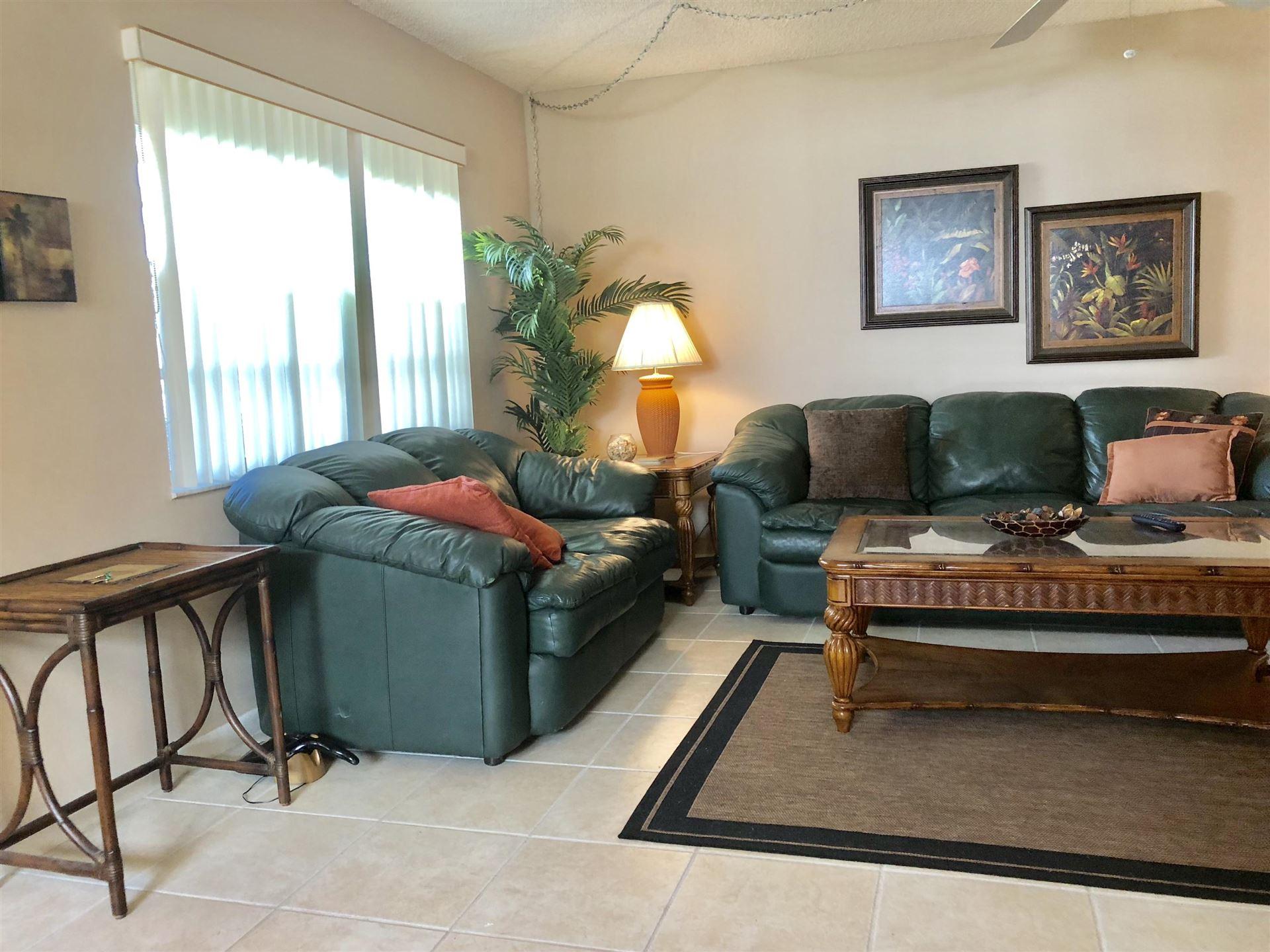 637 Burgundy N, Delray Beach, FL 33484 - #: RX-10621048