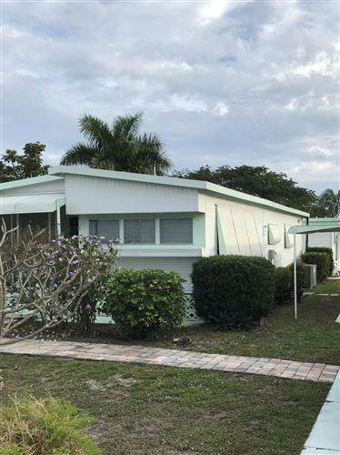 Photo of 4222 S Shady Lane, Boynton Beach, FL 33436 (MLS # RX-10603050)