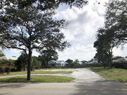 Photo of 299 Country Club Drive, Tequesta, FL 33469 (MLS # RX-10684050)
