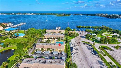 Photo of 702 NE 20th Lane, Boynton Beach, FL 33435 (MLS # RX-10733050)