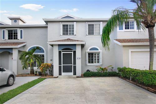 Photo of 4746 SW 13th Place, Deerfield Beach, FL 33442 (MLS # RX-10662051)