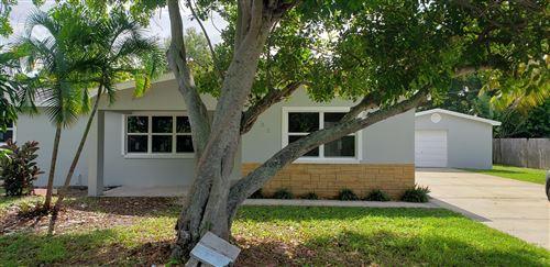 Photo of 1432 NE Hillcrest Lane, Jensen Beach, FL 34957 (MLS # RX-10640053)