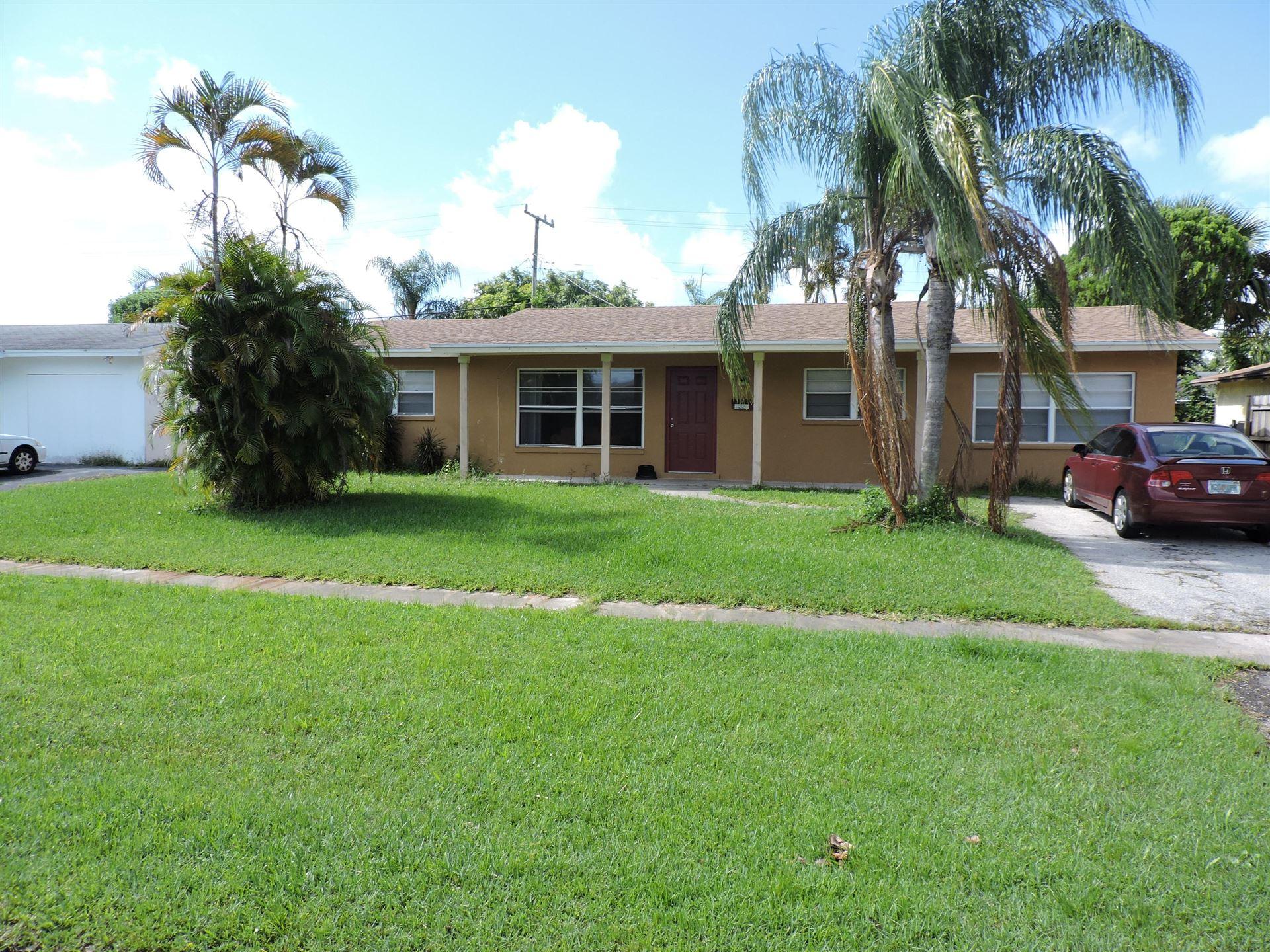Photo of 3220 Bermuda Road, Palm Beach Gardens, FL 33410 (MLS # RX-10748054)