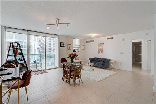 Photo of 31 SE 5th Street #1711, Miami, FL 33131 (MLS # RX-10708055)
