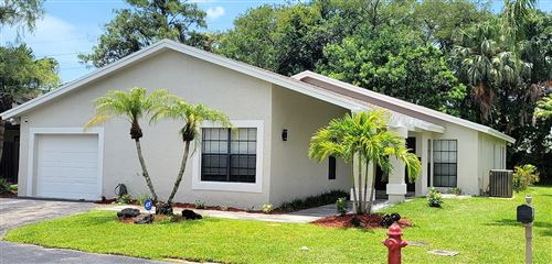 Photo of 8943 Old Pine Road #16, Boca Raton, FL 33433 (MLS # RX-10730055)