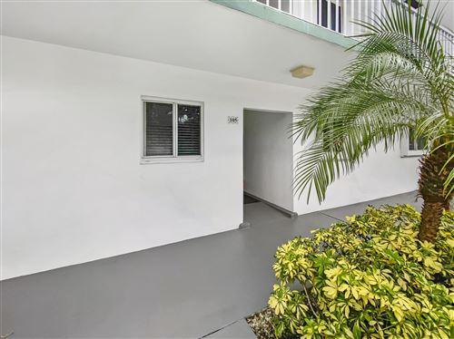 Foto de inmueble con direccion 4 Garden Street #105n Tequesta FL 33469 con MLS RX-10637056