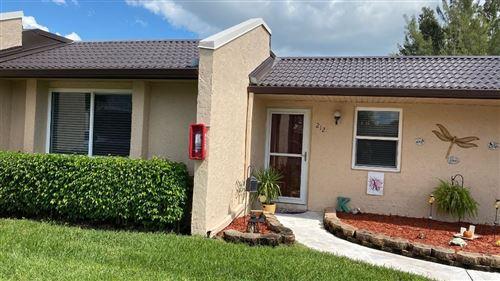 Foto de inmueble con direccion 212 Lake Meryl Drive West Palm Beach FL 33411 con MLS RX-10663056