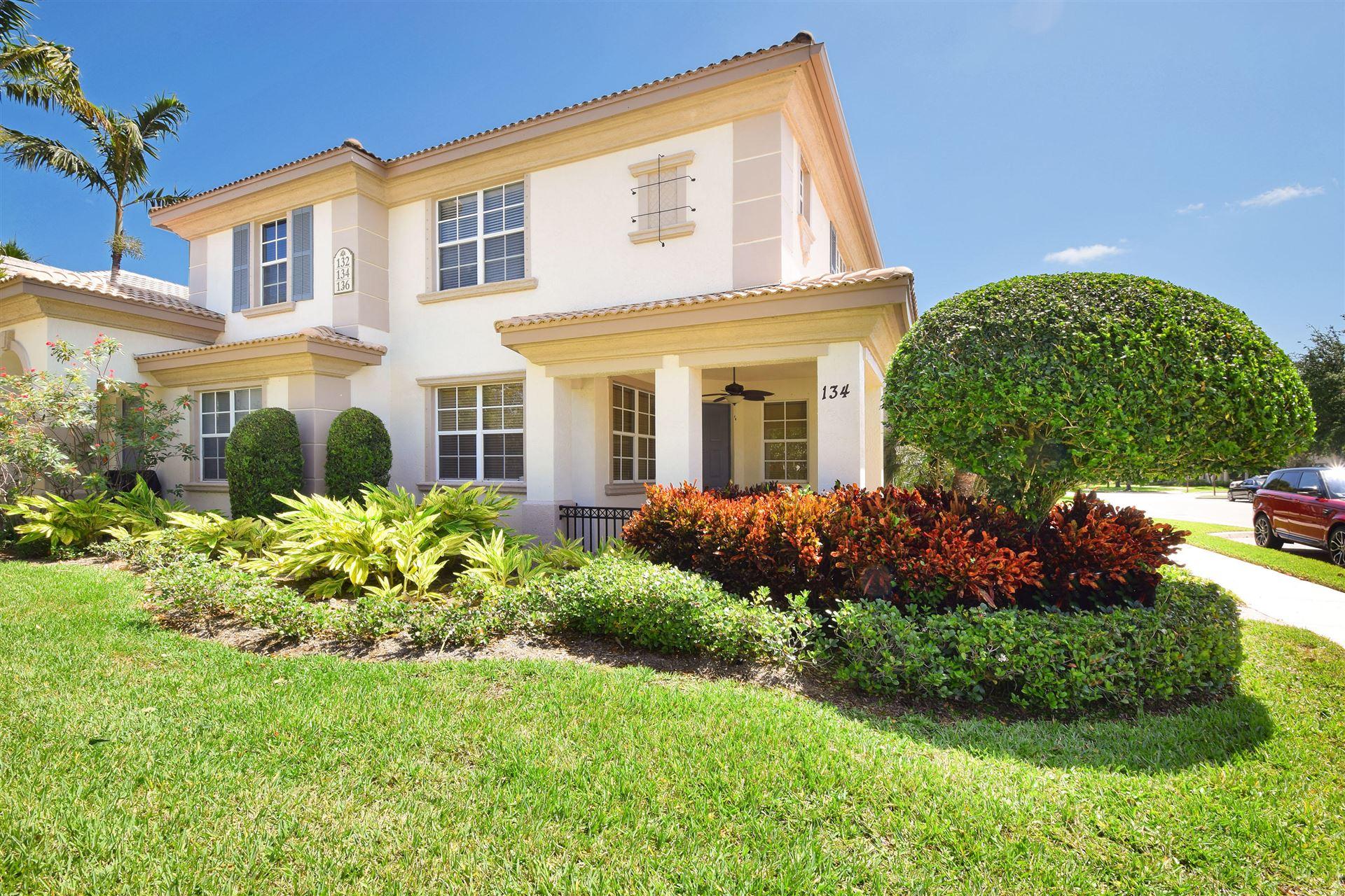 Photo of 134 Evergrene Parkway, Palm Beach Gardens, FL 33410 (MLS # RX-10627056)