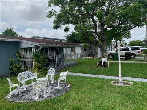 Foto de inmueble con direccion 1050 W 24th Street Hialeah FL 33010 con MLS RX-10649057