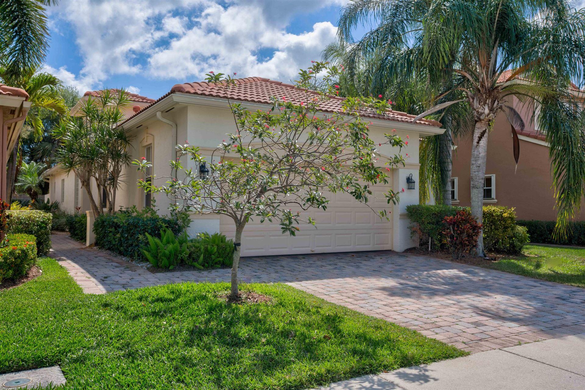 Photo of 175 Isle Verde Way, Palm Beach Gardens, FL 33418 (MLS # RX-10703057)