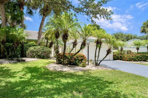 Photo of 17 Cambridge Drive, Boynton Beach, FL 33436 (MLS # RX-10735061)