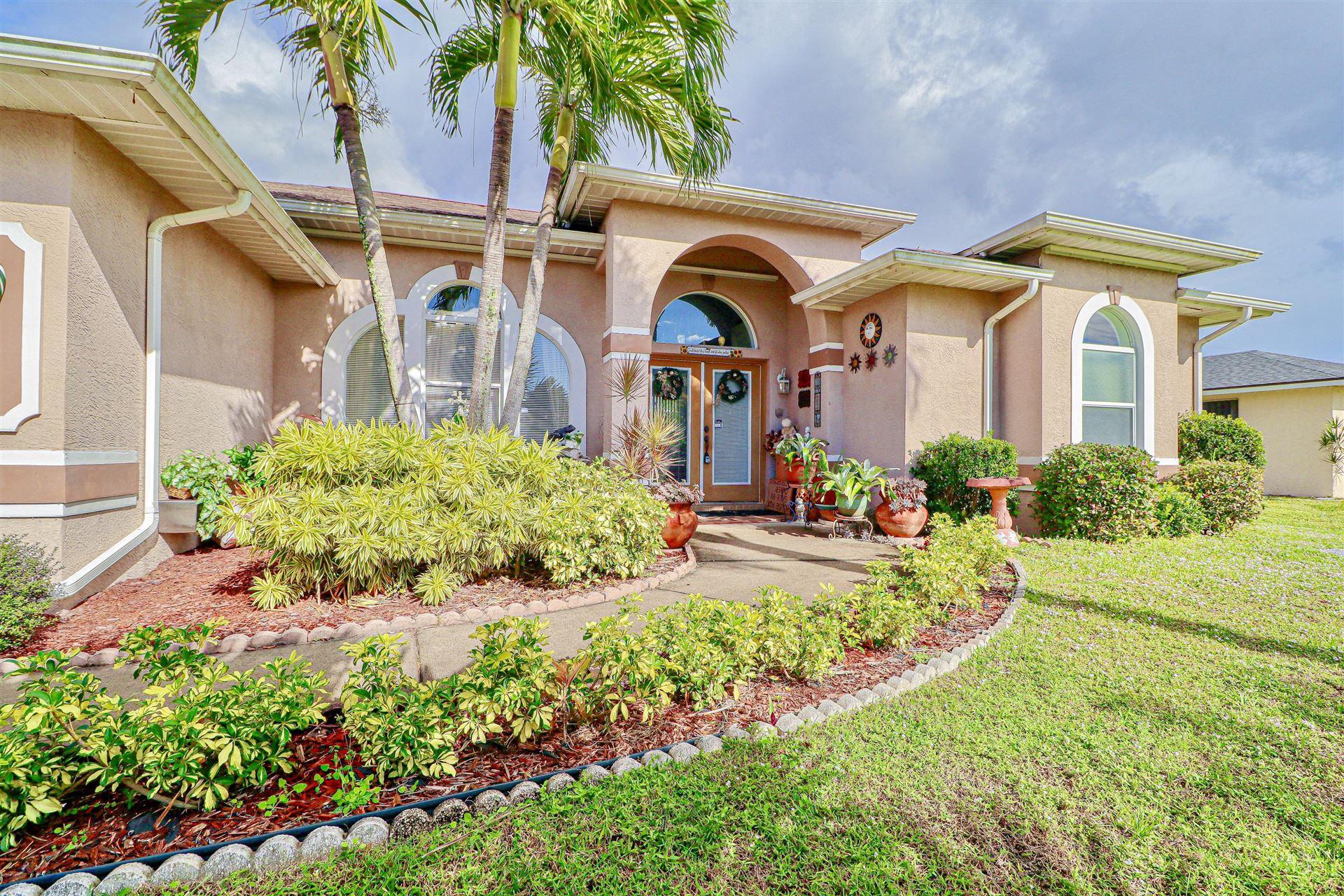 1113 SE Petunia Avenue, Port Saint Lucie, FL 34952 - #: RX-10681063