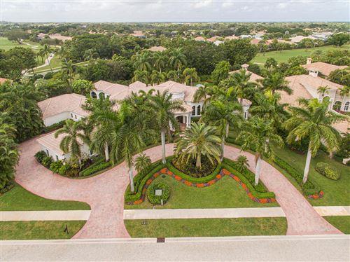 Photo of 19 Saint Thomas Drive, Palm Beach Gardens, FL 33418 (MLS # RX-10592065)