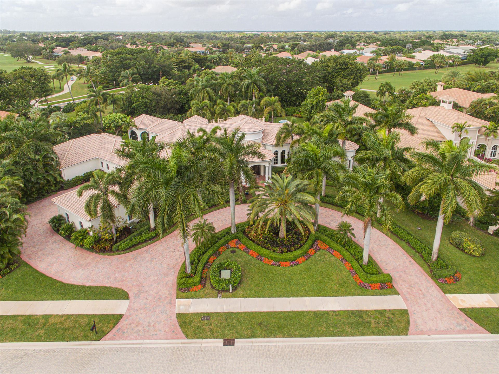 19 Saint Thomas Drive, Palm Beach Gardens, FL 33418 - #: RX-10592065