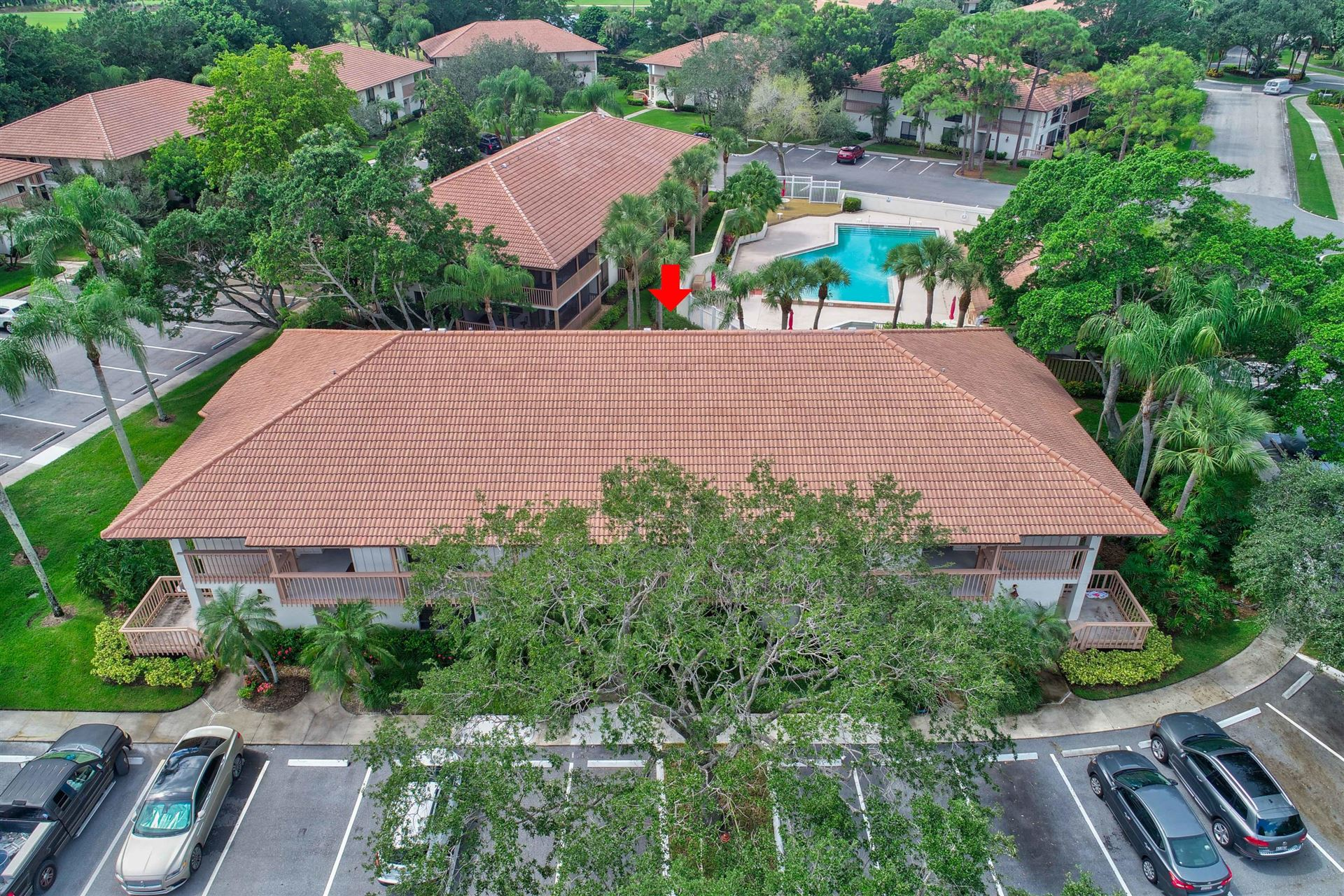 Photo of 421 Brackenwood Lane S, Palm Beach Gardens, FL 33418 (MLS # RX-10659066)