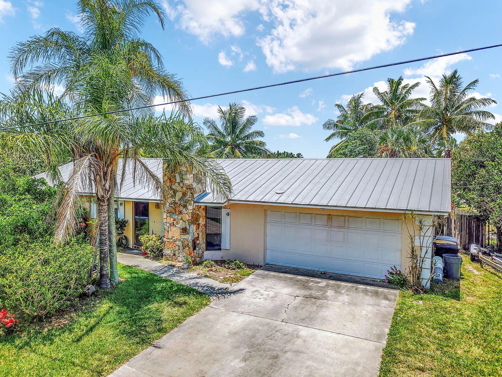 1902 Mimosa Avenue, Fort Pierce, FL 34949 - #: RX-10734066