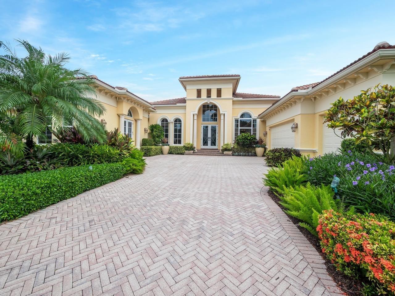 Photo of 120 Grand Palm Way, Palm Beach Gardens, FL 33418 (MLS # RX-10735066)